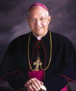 Diocese americana sofre perseguição por pedir aos padres para não batizar as crianças cujos pais são gays