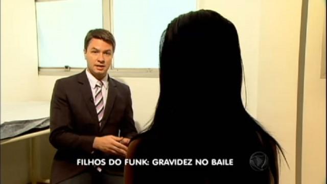 02_09_2015__11_56_178682946c6bceed8d6128fccc3159bcf8deb12_640x480 Vídeo os filhos do Funk, Meninas engravida em bailes