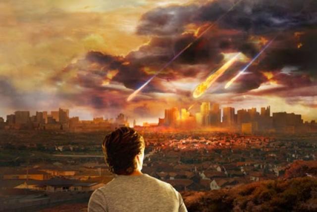 Meteoro massivo atinge a Flórida (EUA) causando intenso clarão no céu