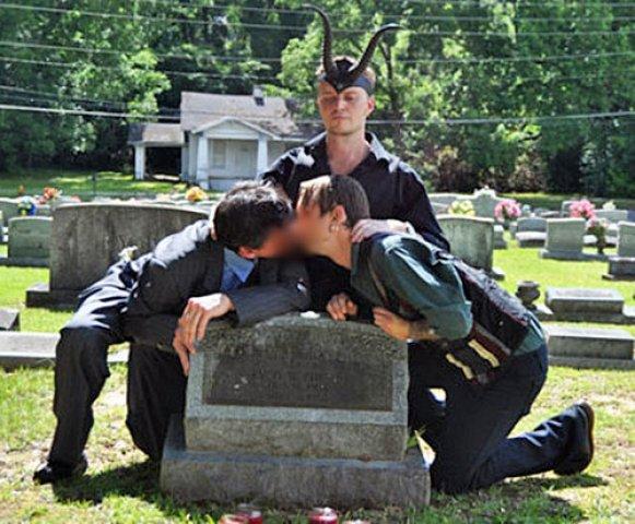 Casamento homossexual é sacramento luciferino, diz porta-voz do Templo Satânico nos EUA