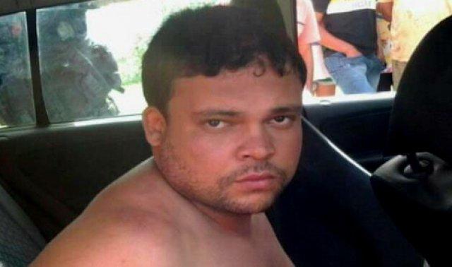 Possuido pelo Mal: Homem se diz tomado por espirito mata a mãe, a esposa grávida e filho de 7 anos