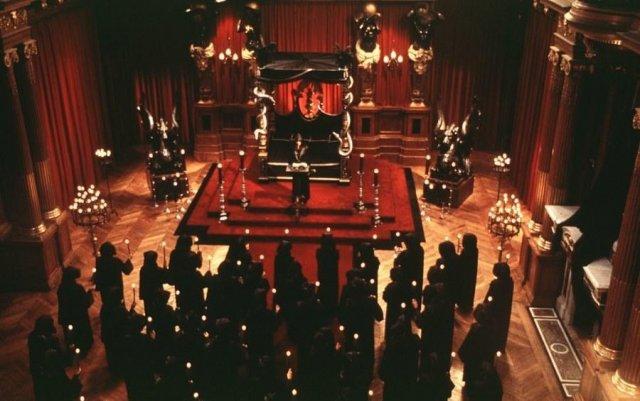 Sinal dos Tempos: Universidade de Harvard Celebrará Missa Negra Satânica, nos EUA