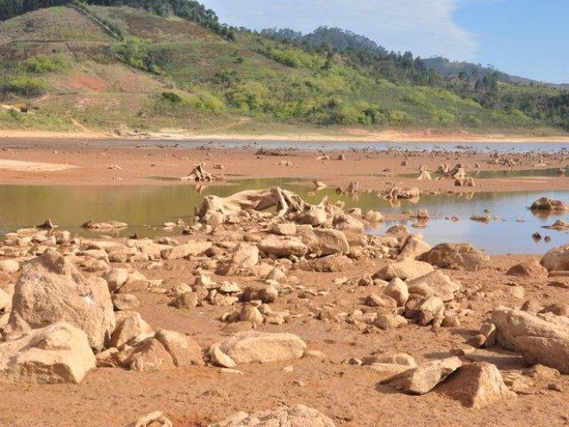 Sistema Alto Tietê pode secar: Em 2015 de onde vamos tirar a água? Perguntam especialistas