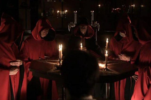 Sinal dos Tempos: Missa Satânica agora aberta ao público, um exorcista alerta