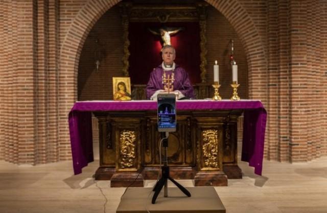No norte da Itália, na cidade natal de João XXIII, seis padres morreram por causa do coronavírus