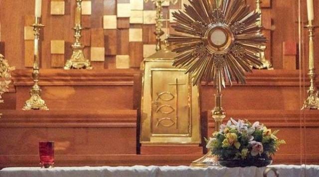 Profanam e roubam Sacrário em paróquia do México