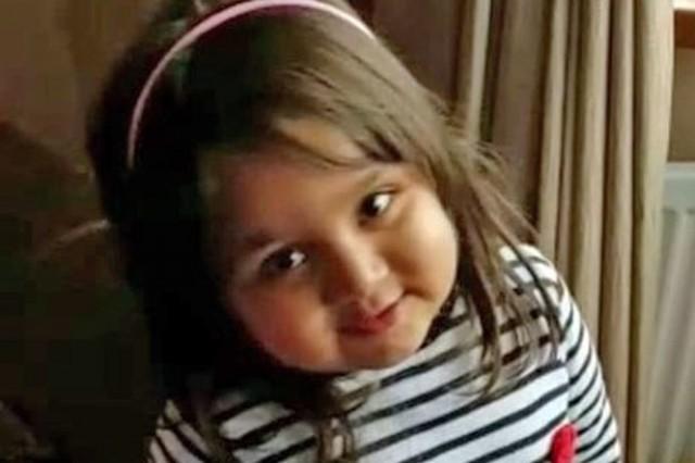 A menininha cuja vida alguns médicos do Reino Unido deram como perdida: Tafida Raqeeb está se recuperando e começando a melhorar!