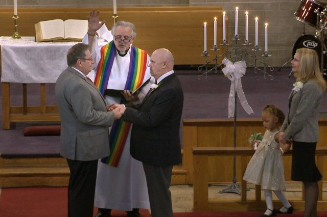 A Sodoma moderna avança: Igreja Presbiteriana dos EUA autoriza o casamento gay