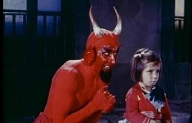 TikToker incentiva crianças ao Satanismo